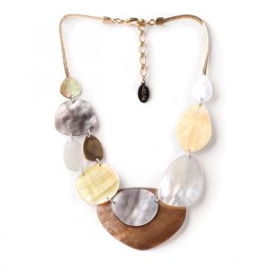ECHAPPEE BELLE  collier nacre brune XL