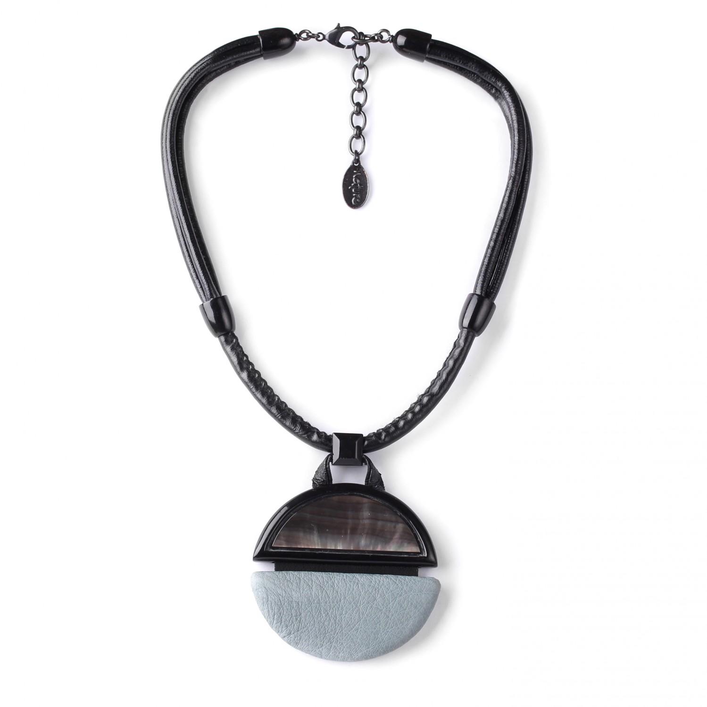 SAINT GERMAIN  collier pendentif rond