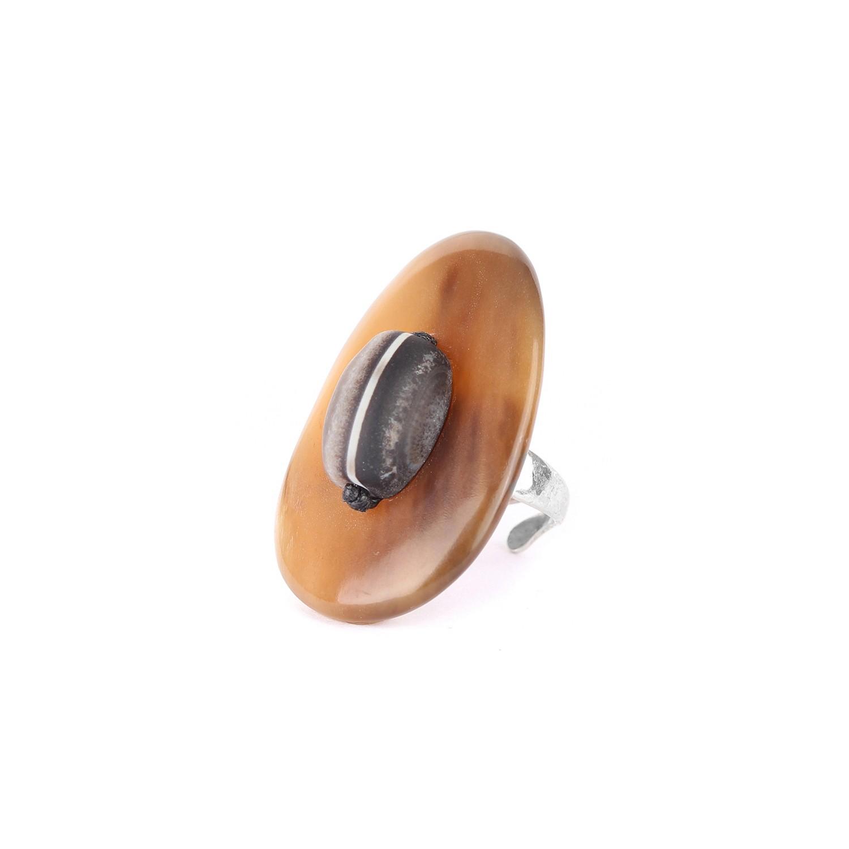 AMA DABLAM agate pebble ring