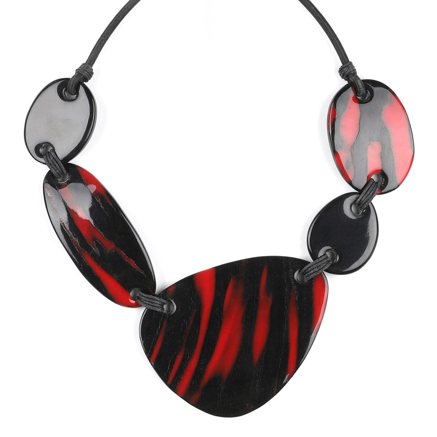 MAGMA 5 pc necklace