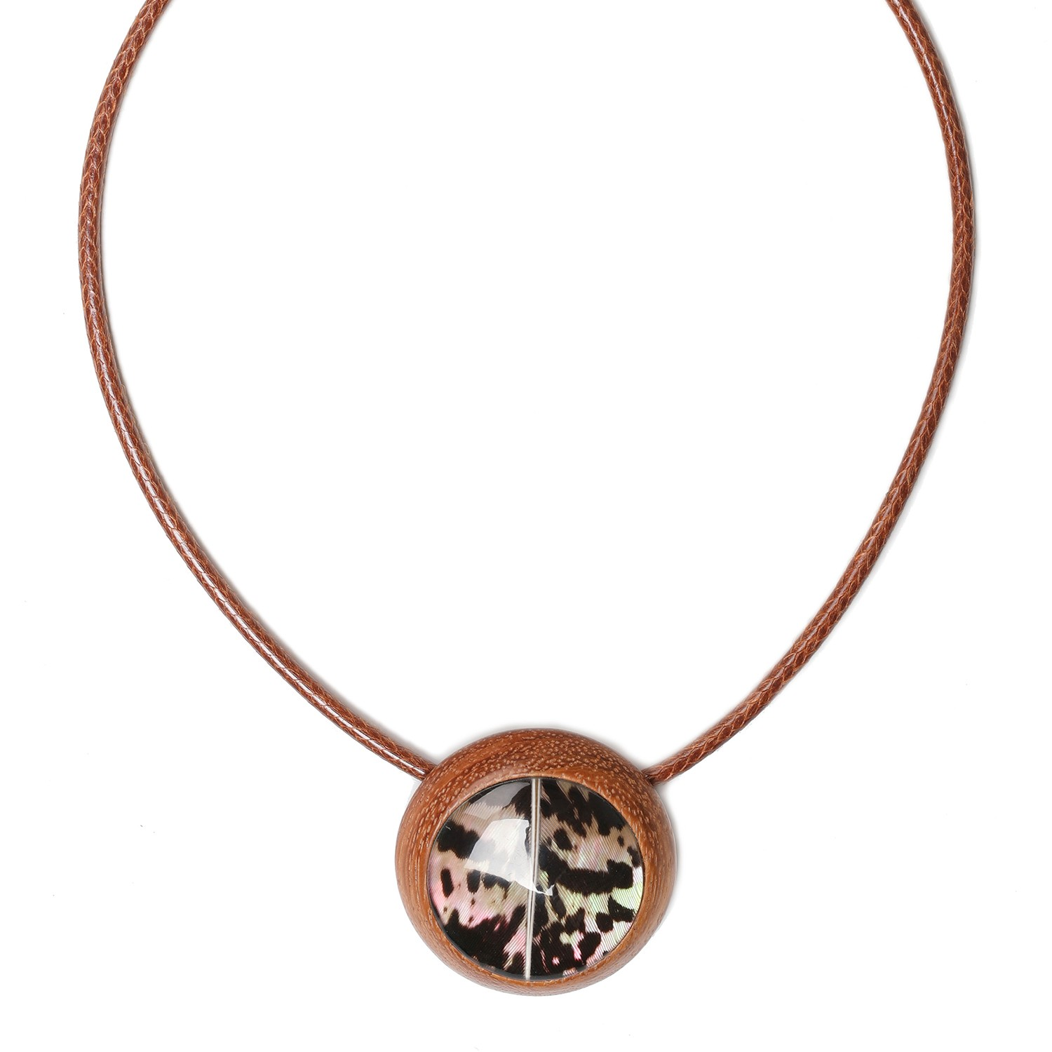 AMHERST round pendant necklace