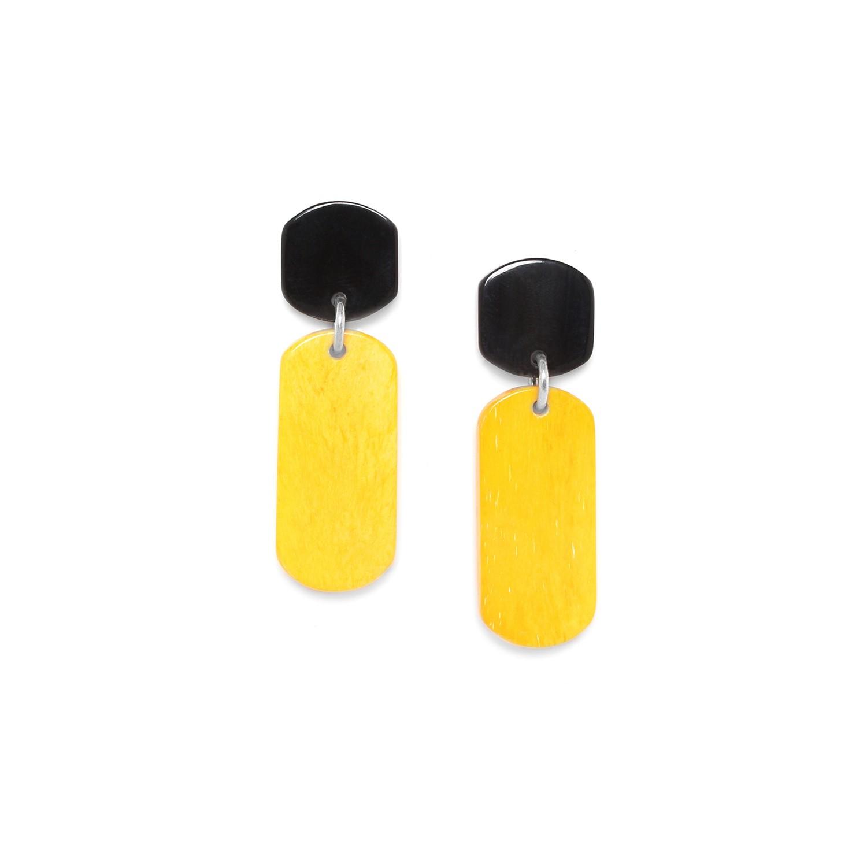 BLACK MANGO Pendiente amarillo, boton cuerno