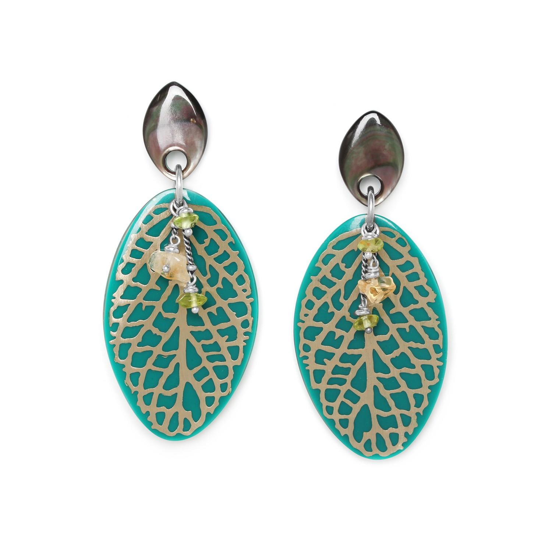 HERBORISTE dark green leaves earrings
