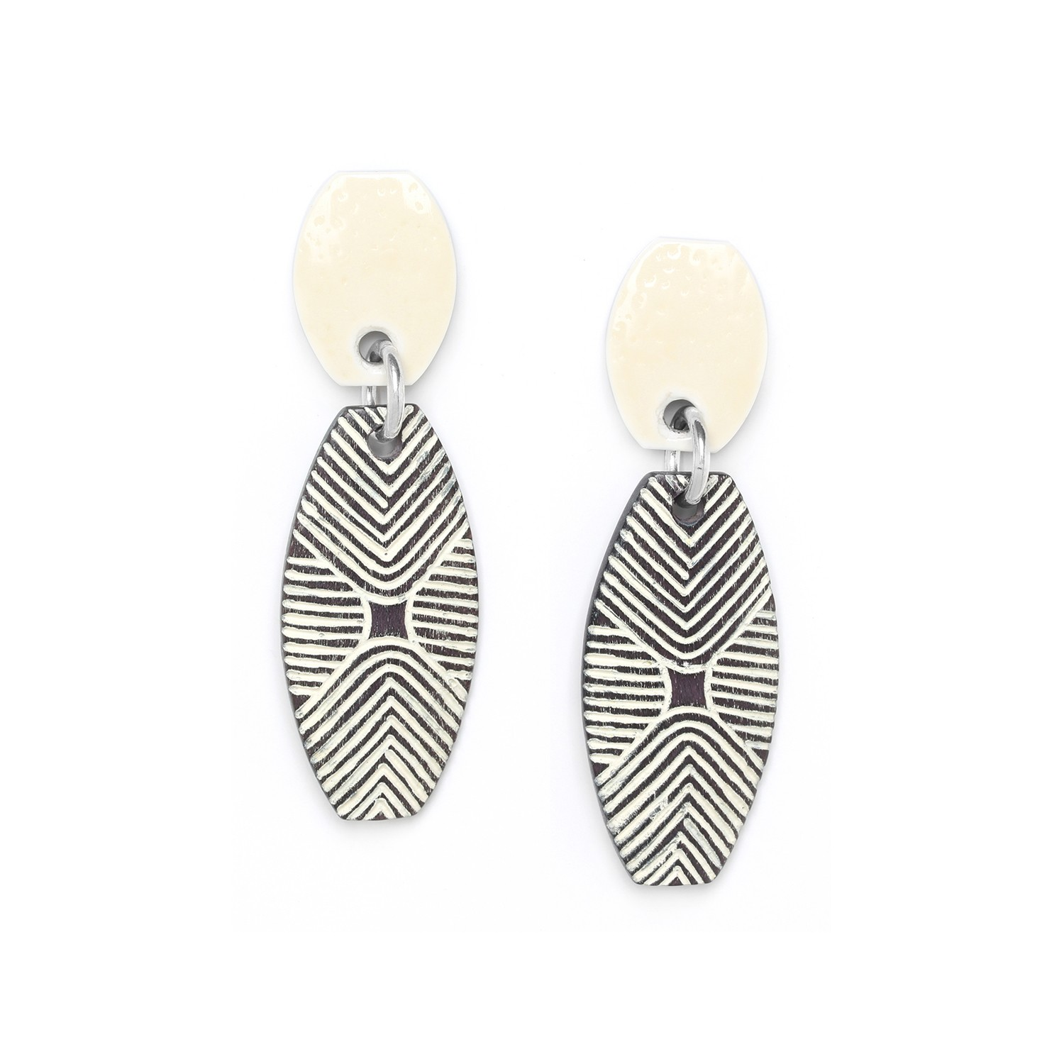 ZULU long shield earrings