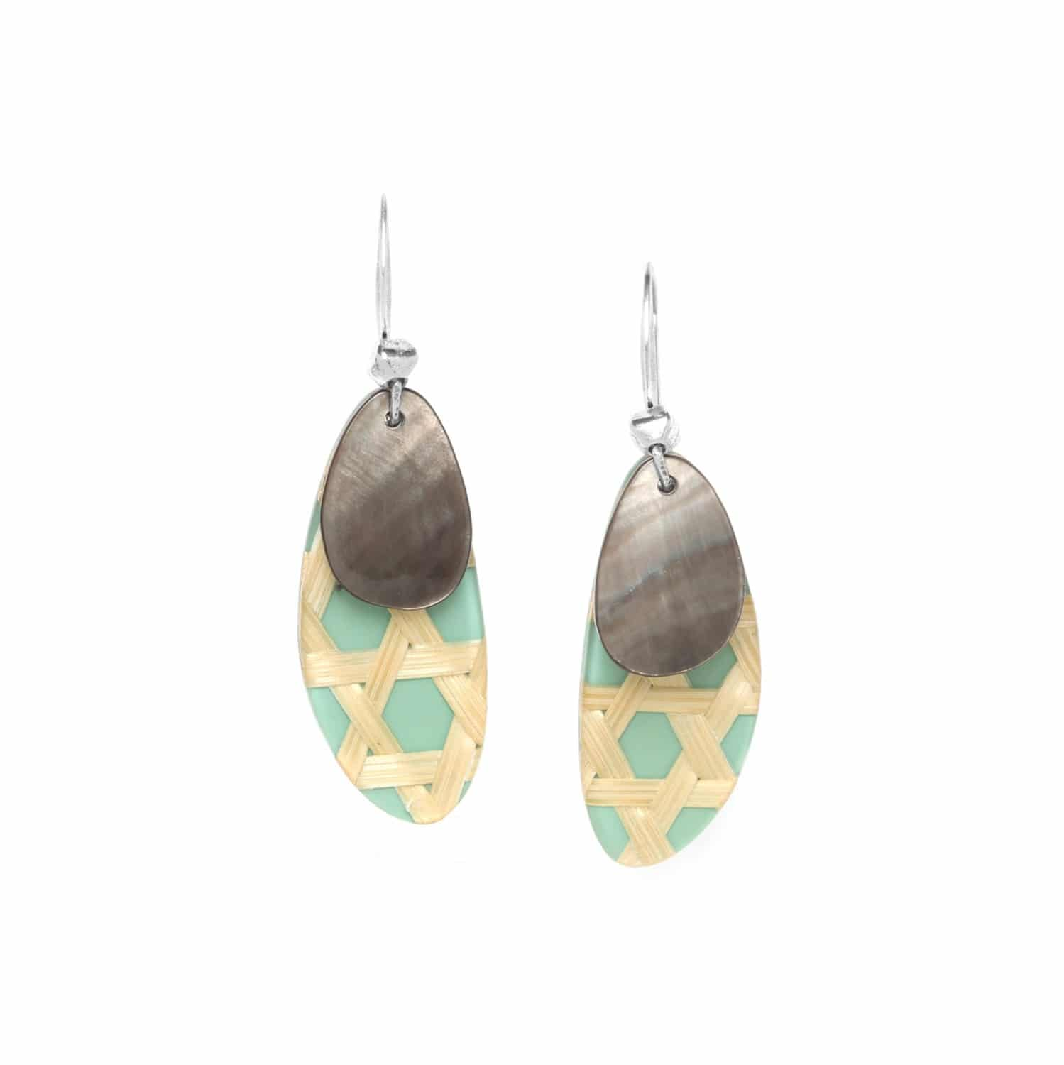 CANNAGE  turquoise earrings with blacklip