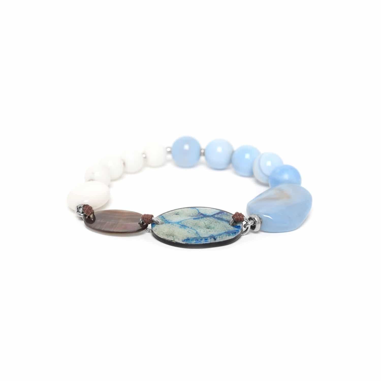 LES CALANQUES  bracelet extensible nacre noire calcédoine et calcite