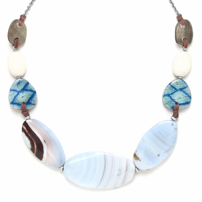 LES CALANQUES  collier avec grandes perles ovales caldéoine