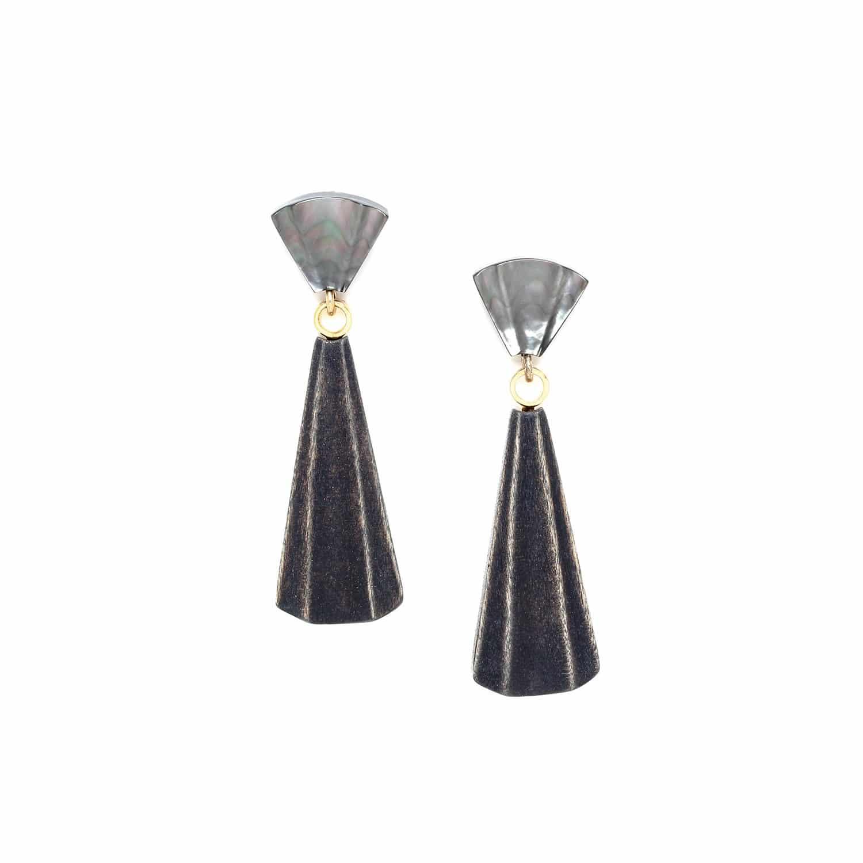 ANDALOUSIE long earrings black lip top
